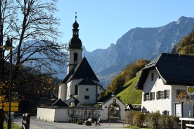 Die Pfarrkirche St. Sebastian16